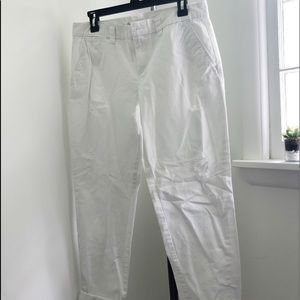 GAP WHITE KHAKI DISTRESSED PANT